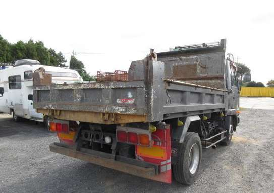 2006 Nissan CONDOR TIPPER 4X2 51MILLION ON THE ROAD image 2