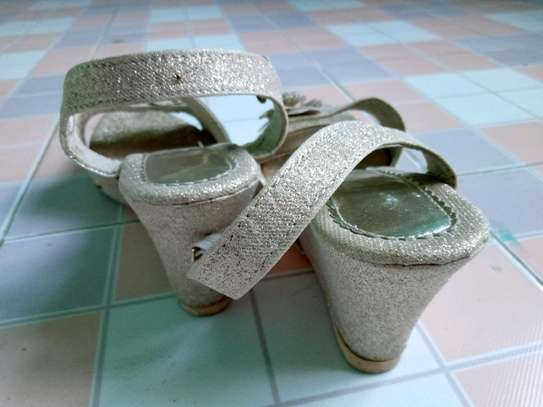 #SIMPLE MANAGABLE HIGH HEEL SHOES image 4