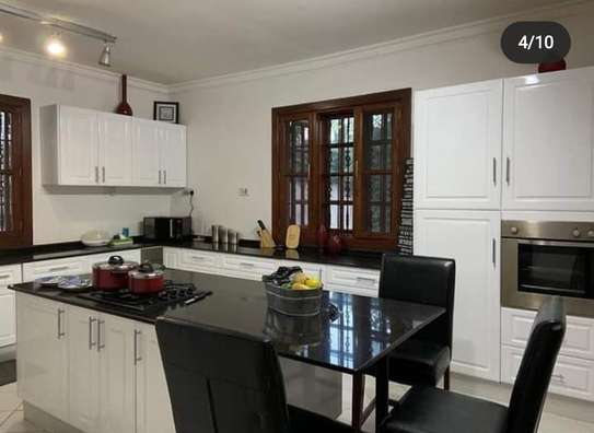 5BEDROOMS VILLA HOUSE IN NJIRO image 5