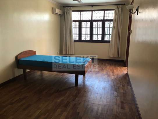 Specious 4 Bedroom Compound Houses In Oyster Bay For Rent image 7