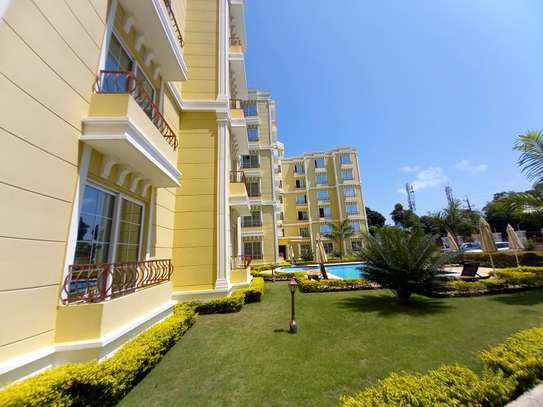 NICE 3BHK APARTMENT FOR RENT AT OYSTERBAY image 2