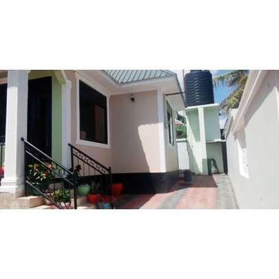 3 bed room house for sale at mivumoni image 1