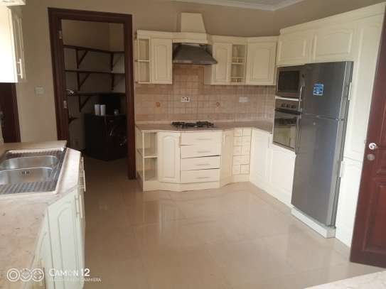 3bdrm ocean view Apartment to let in masaki image 7