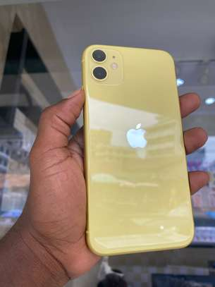 iPhone 11 128GB Yellow for sale image 6
