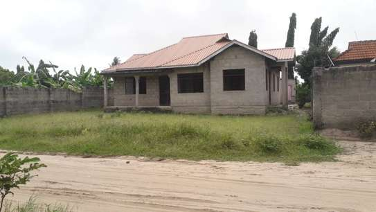 3 bed room house for sale self container at ununio image 7