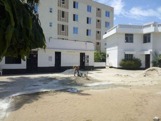 8 Rooms house in Mikocheni near rose garden road, to let. image 2
