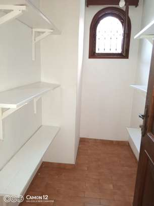 3bdrm house for rent in masaki peninsula image 13