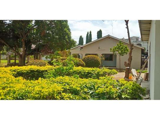 4bed house in the compound masaki$2500pm image 3