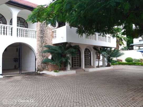 5bdrm house to let in masaki image 12