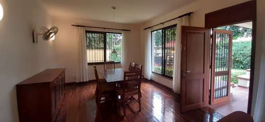 4 bedrooms Home In Oysterbay For Rent image 10