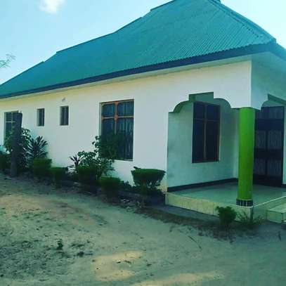 GREAT LOCATION STANDALONE HOUSE ON SALE AT LOW PRICE, BUY AND MOVE-IN image 1
