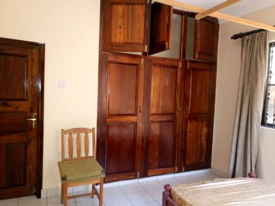 5BEDROOMS SEMI FURNISHED AT NGARAMTONI FOR RENT image 9