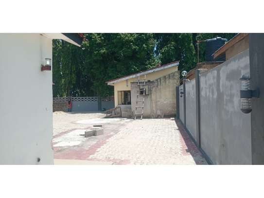 3bed house for sale 800sqm at mbezi beach africana tsh 350m image 4