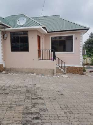 3bedroom house for rent at Goba image 2