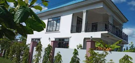 5 bed room house for sale at kigamboni image 5