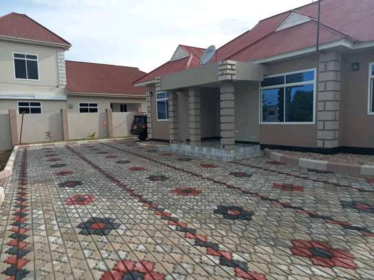 House for sale DODOMA image 1