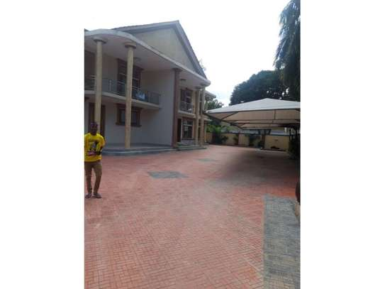 3bed furnished  villa in the compound at mikocheni a $1000pm image 5