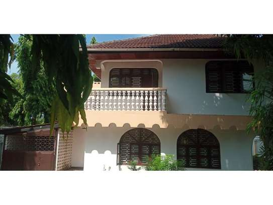 4bed house at mbezi beach tsh 1,000,000 image 9