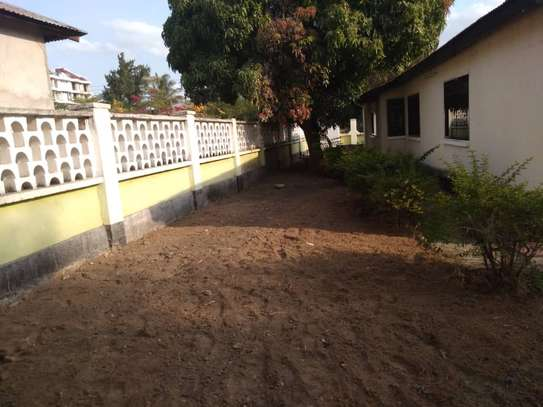 House for rent near Prime Minister Area D-Dodoma image 4