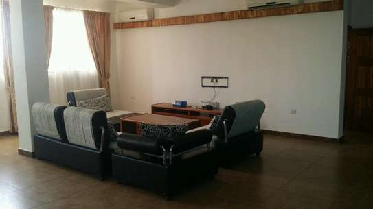 a fully furnished appartments are for rent near capetown fish market image 1