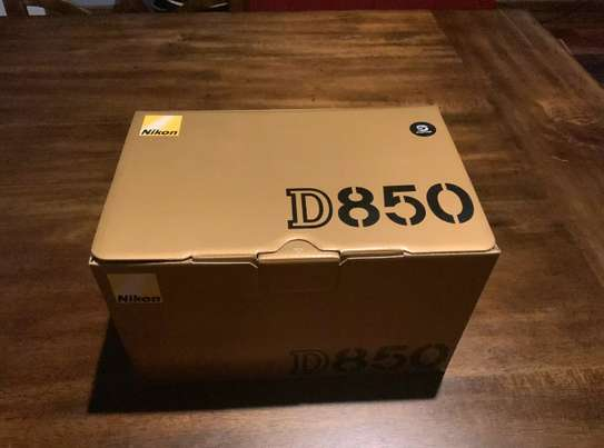 New Nikon D850 Full Kits