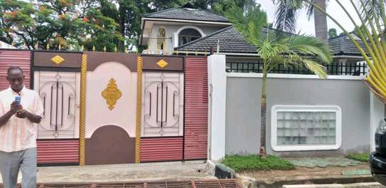 4 bdrm House for Rent in Kinondoni Best Bite. image 2