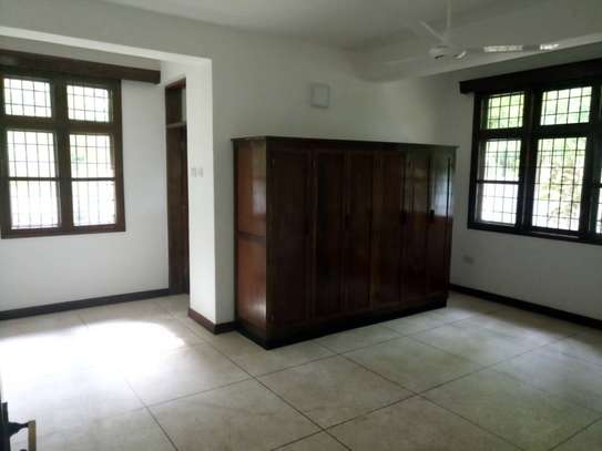 Spacious and Modern 4 Bdrm Stand Alone House in Masaki image 4