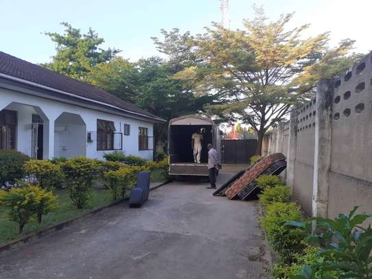 3bed room house in the compound at mikocheni TSH 1million image 10