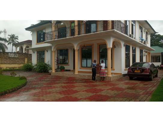 3bed in the compound at mbezi beach tsh 1,200,000 image 12