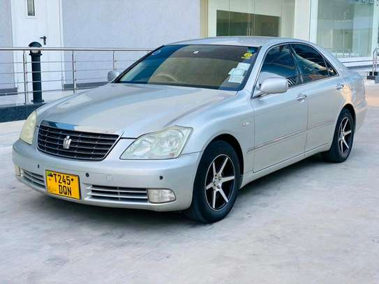 2004 Toyota Crown Royal Saloon image 12
