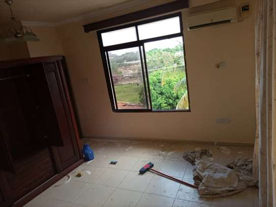 3 bedroom apart for rent at masaki image 3