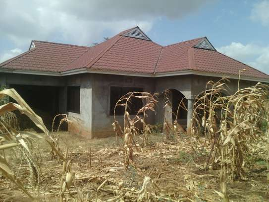 4 BEDR HOUSE FOR SALE AT NJIRO IN AN ACRE  TITLED PLOT,ARUSHA