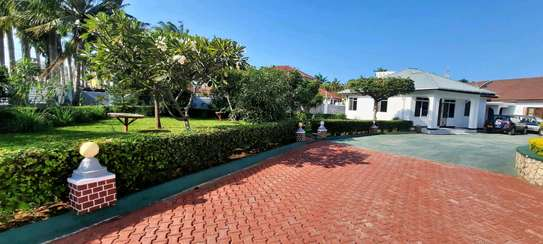 a 2bedrooms VILLA in mbezi beach UNFURNISHED is available for rent now image 3