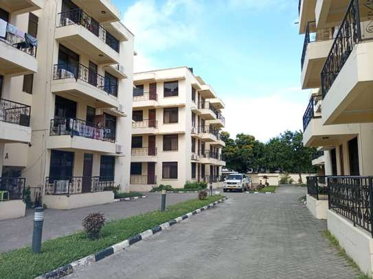3 bedroom apart for rent at masaki image 1