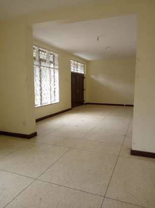 4bed house with big compound and small godown at ada estate image 9