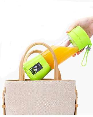 Portable and rechargeable battery juice blender image 3
