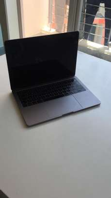 MacBook Pro 2017 13inch for Sale image 4