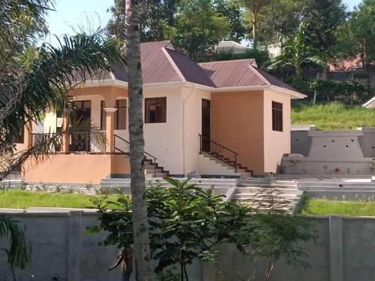 2 bed room villa for rent tsh 350,000 at kimara suka image 1