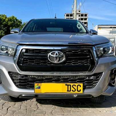 2018 Toyota Hilux image 1