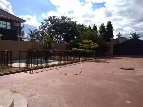 8 Bdrm Fully furnished House at Burka in Arusha image 4