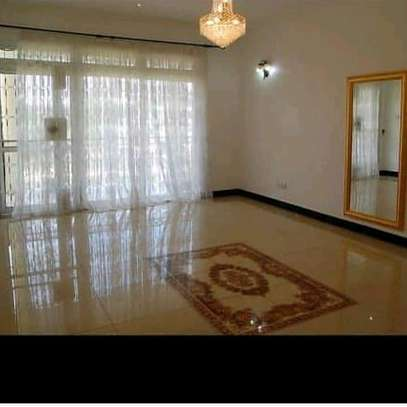 House for rent t sh 8.5 image 4