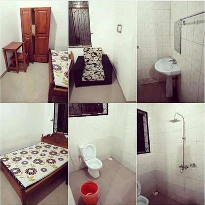 FULL FURNISHED MASTERBEDROOM HOSTEL FOR RENT