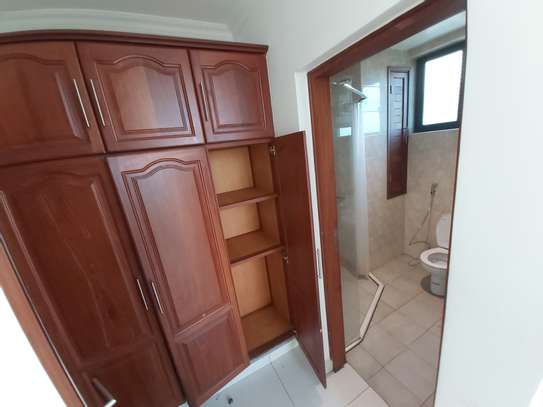 3 bedrooms apartment at victoria place image 6