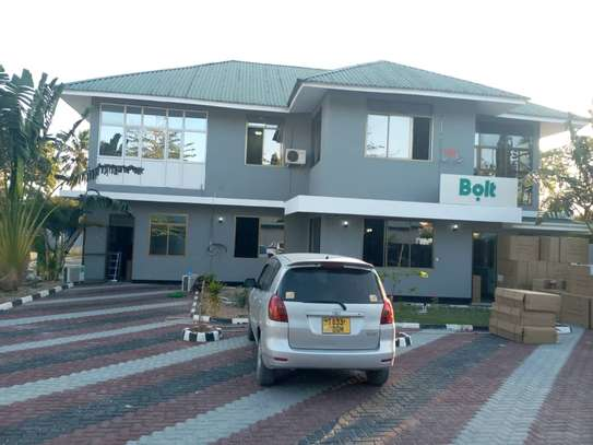 big house for rent at mkocheni a  i deal for office image 2