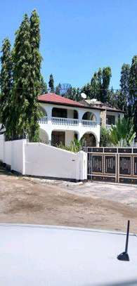 5 Bedroom House at  Oyster bay. image 12