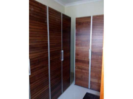3bed  apartment at oyster bay $1300pm image 8