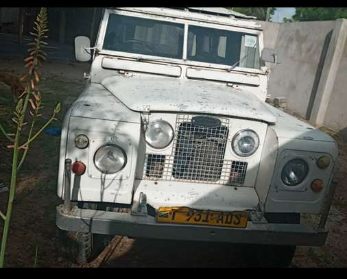1967 Land Rover 109 image 3