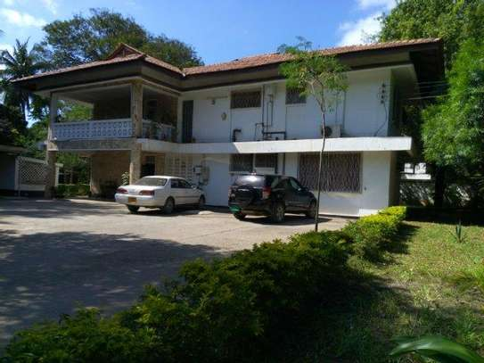 4 bed room house for rent at masaki near coral beach image 3