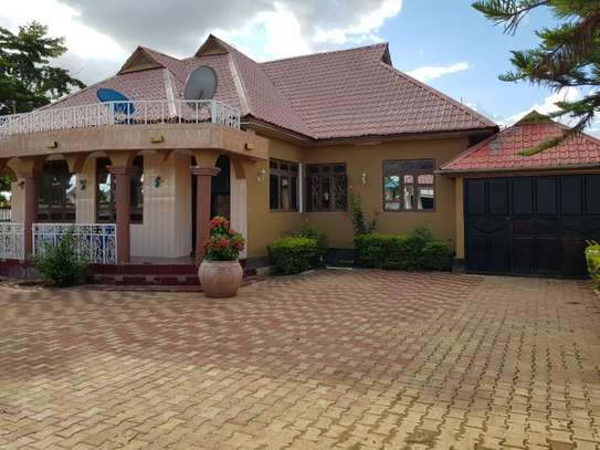 5 Bed Room Bungalow for rent in Dodoma town- Multipurpose. image 2