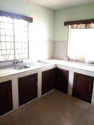3bed house at kimara temboni tsh 300,000 image 5